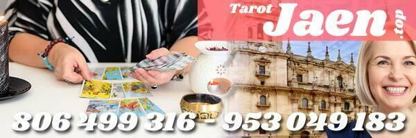 Ventajas de contratar tarotistas y videntes en Jaén para leer el tarot
